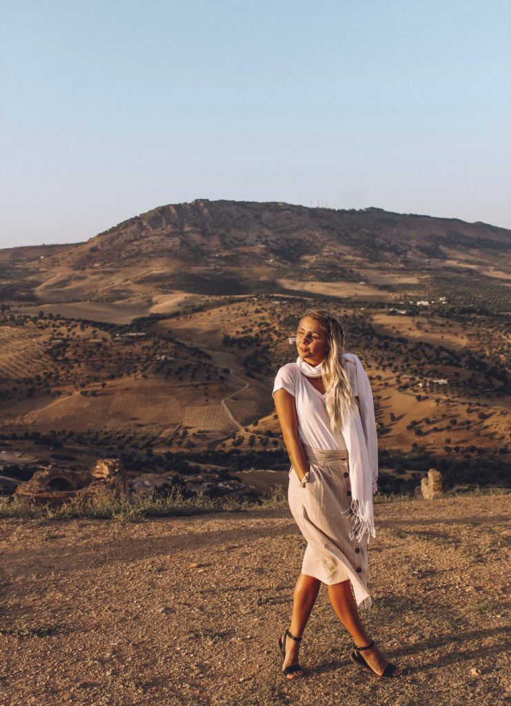 What to Wear in Morocco as a Woman- Morocco is a country everyone should visit at least once. From the beautiful sahara desert to the perfect blue city chefchouen. But what to wear in morocco? Here is a guide on how to dress for morocco and what to pack for morocco as a solo woman traveling #morocco #moroccotravel #packingtips #beautifulplaces what to wear in morocco | morocco packing guide |morocco fashion |morocco travel tips | morocco travel advice | morocco travel guide