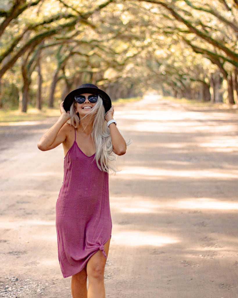 GIRLS GUIDE TO SAVANNAH GEORGIE - The ultimate guide to a Savannah Georgia weekend trip!  This blog includes all of the need to know information about traveling for a weekend in Savannah!  It has all the best things to do in Savannah Georgia, where to eat in Savanah Georgia, and where to stay in Savannah!  Savannah GA is the best getaway for a girl's weekend! #savannah #georgia #USA #traveltips #travelblogger what to wear in Savannah   Savannah travel tips   what to do in Savannah