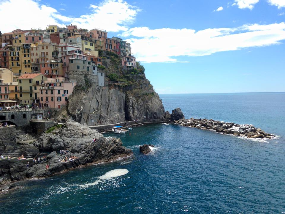cinque terre makes a perfect day trip from florence in your italy itinerary!